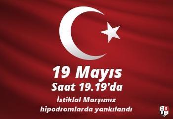 19 Mayıs'ta İstiklal Marşımız hipodromlarda yankılandı
