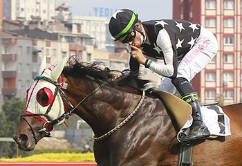 Sadun Eşref Güney Atığ Koşusu'nda kazanan Anadolu Aslanı oldu