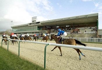 29 Eylül Salı günü Wolverhampton yarışlarına bahis oynanabilecek